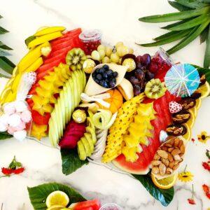 מגש פירות ענקי לאירועים