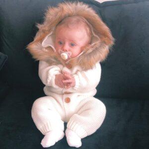 אוברול סרוג לתינוק דגם סנואו