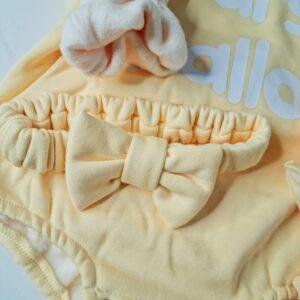 בגדי תינוקות – בגד גוף פוטר דגם מרשמלו ורוד/צהוב