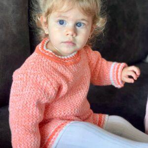 חליפה סרוגה לתינוקת דגם קייט